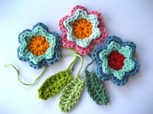 Annette Petavy Design - Newsletter May 2010 - A crocheted flower