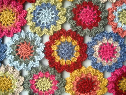 Free Crochet Pattern Japanese Flower : Attic24: Japanese Flower Scarf