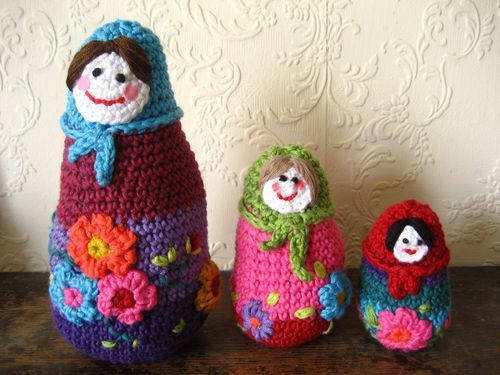 Knitting: Knitted and crocheted Russian dolls