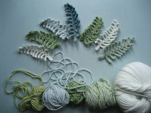 Attic24: Crochet Fern Leaf