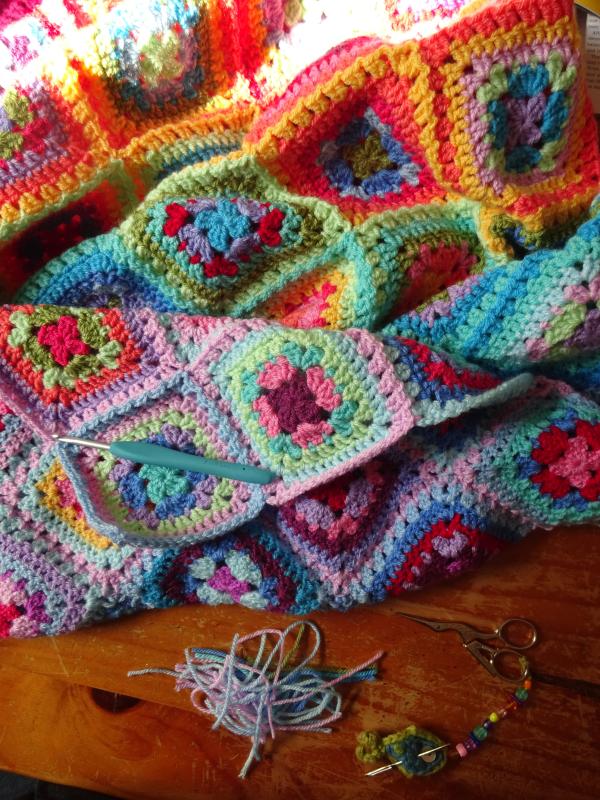 Attic24 Summer Harmony Blanket Part 5