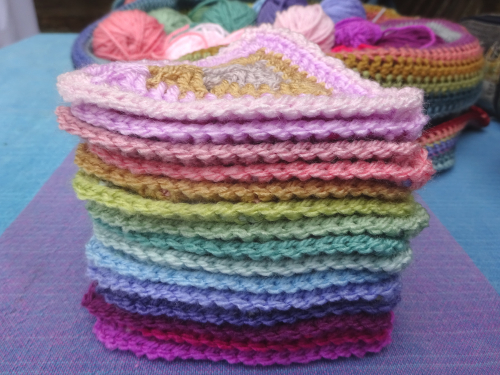 a2495af8c0c4e6 The above stack shows the fifteen edging rounds arranged in a pretty pastel  rainbow order...impossibly pretty! Hmm....I've just had a thought that  maybe you ...